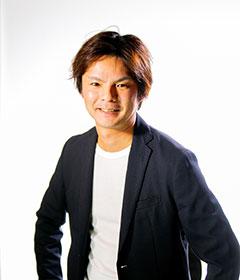 山田 功生 氏
