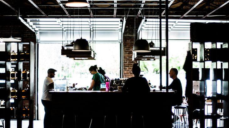 新宿のコンセント付きカフェで仕事をしたい人のためのオススメ店8選