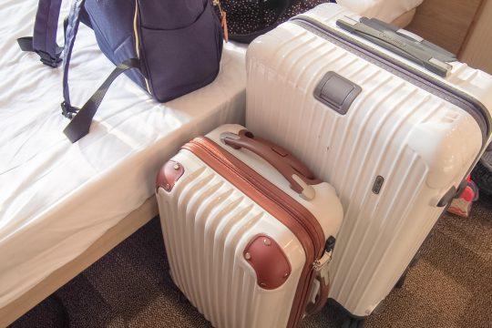 スーツケースはレンタルと購入どちらがいい?後悔しないポイント