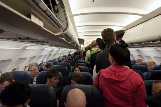 機内で困った時の英会話!初心者でも使いやすい英語フレーズ36選